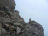ometto costruito per evitare la cresta