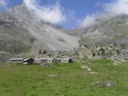 l'alpe Nomenon,sullo sfondo il colle Charbonniere...
