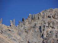 16 - Gendarmi di roccia sulla cresta delle Trois Scies