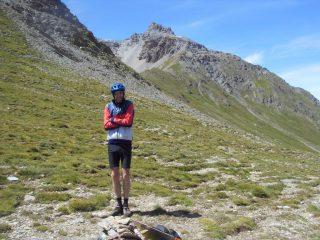 Colle Péas e dietro il Pic de Rochebrune (9° con vento!!!)