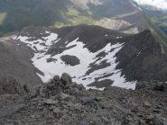 il grande nevaio nel vallone sotto la cima
