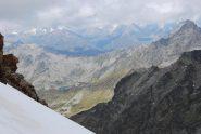 Il Lac du Petit ed il colle Il Col del Tachuy (con Chaz Duraz sullo sfondo) salendo alla Gran Becca du Mont