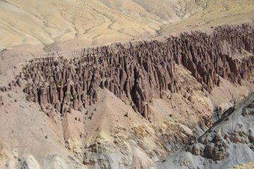 paesaggi osservati salendo verso il Campo Base (11-8-2011)