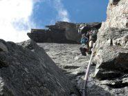 Sotto i tetti della Casin, un alpinista ceco.