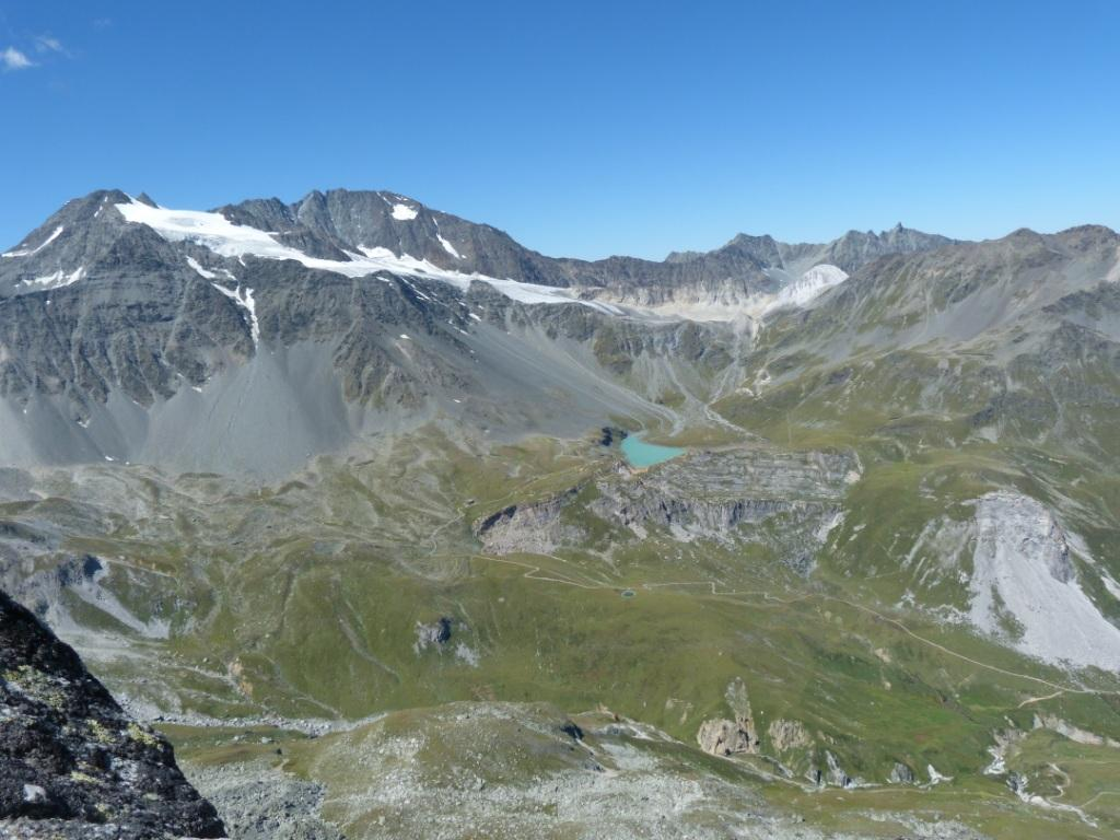 panorama dalla cima verso il rif. Peclet Polset