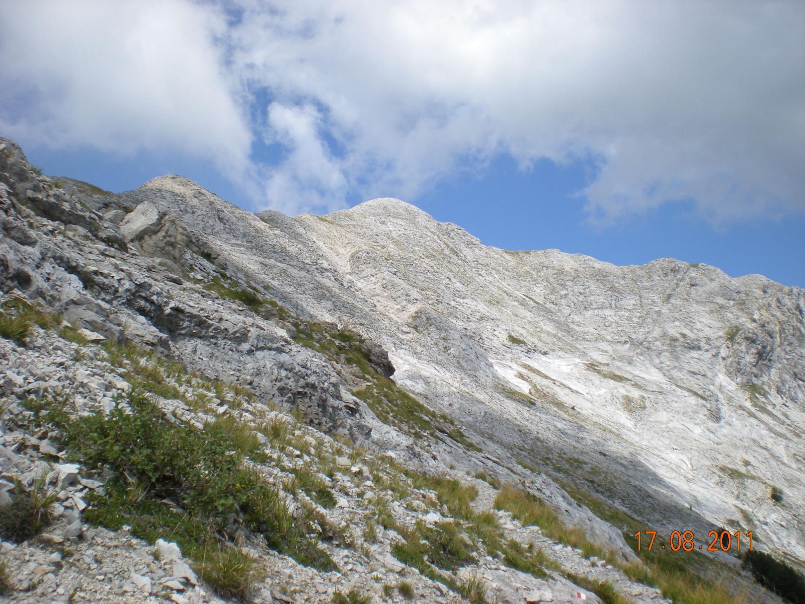 l'arida cresta sud del Monte Tambura