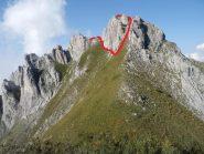 Versante S del Bec Matlas con traccia di salita, visto dal Colle Matlas