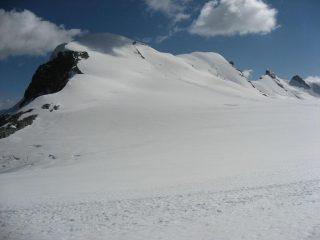 I Breithorn con la traccia di salita sull'occidentale
