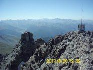 Ripetitore sulla cima sud, vista verso il Queyras