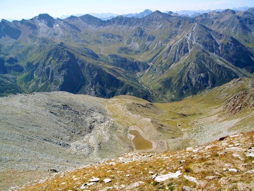 Vallone di Traversagn con Rocca La Marchisa a sinistra