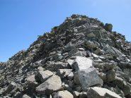 L'ultimo tratto di cresta prima della cima