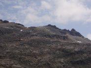 Al centro della foto il colle e Punta Courmaon