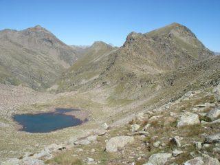 Lago della Seccia e, in fondo, il Monviso