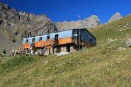 il Refuge des Aiguille d'Arves m. 2260, punto d'appoggio per la salita (28-8-2011)