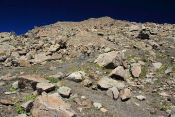 la seconda parte della via di salita...una ripida pietraia ! (28-8-2011)
