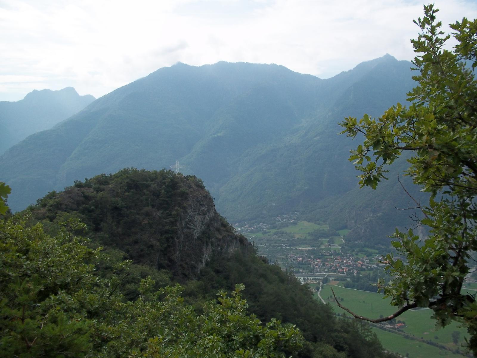 Saint Gilles (Monte) da Challand Saint Victor per il Lago di Villa 2011-09-01