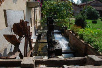 Il vecchio mulino in restauro presso Turbigo.