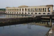 L'edificio di presa sul Fiume Ticino visto sottocorrente