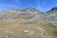 vista della Testa Grigia e della Punta Pinter dai laghi...