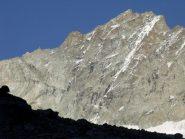 Lo Zinalrothorn con la cresta N a sx