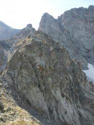 la parte terminale del canalino e la cresta Manzone vista d'infilata