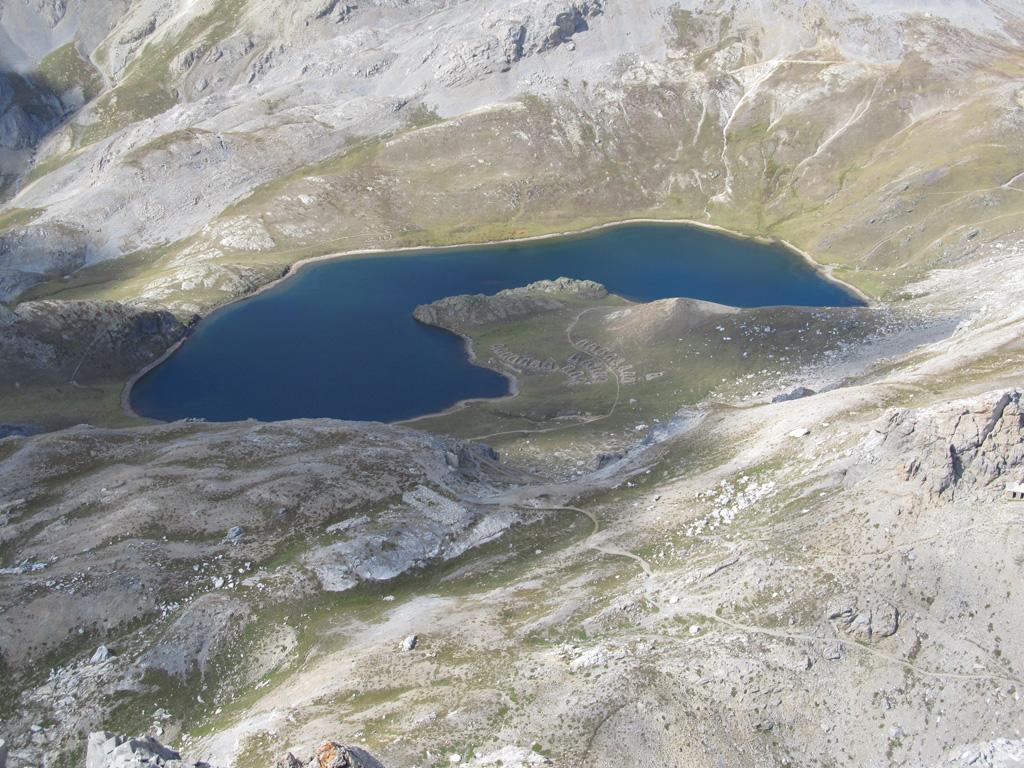 Lago di Roburent dalla cima