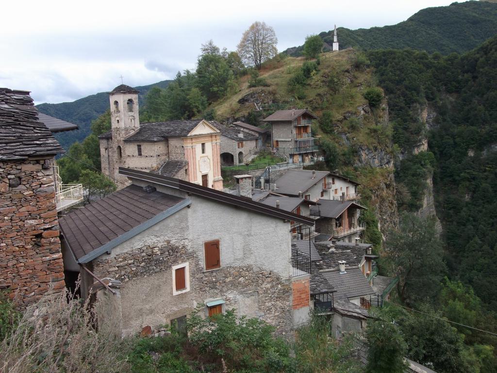 Narbona (Borgata) da Colletto di Castelmagno 2011-09-18