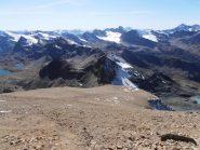 08 - dalla cresta il ghiaione appena superato, ottima traccia, agevole