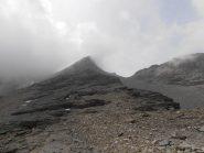 18 - Punta dell'Agnello con Colle dell'Agnello superiore (A sx) e Colle dell'Agnello Nord (a dx)