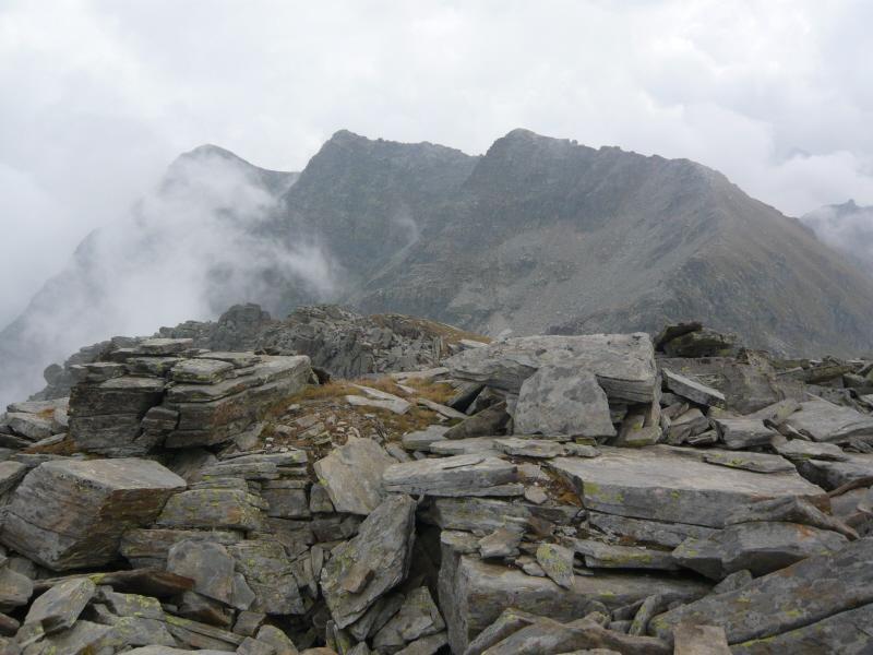 Giardonera (Cima, punta SE) da Carello per il Colle della Forca 2011-09-24