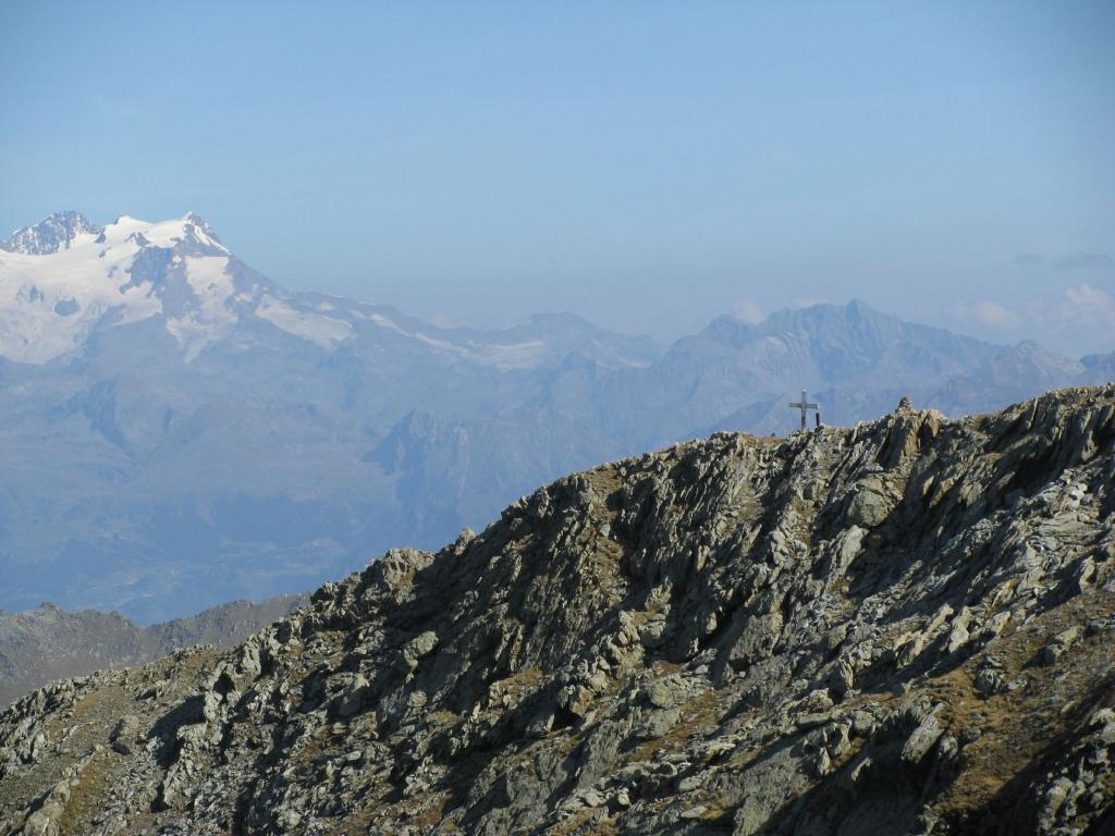 Zoom su Monfandì e Monte Rosa