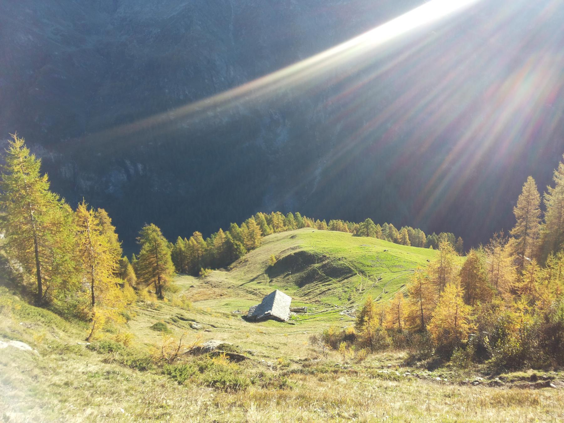 Casolari sopra Alpenzu