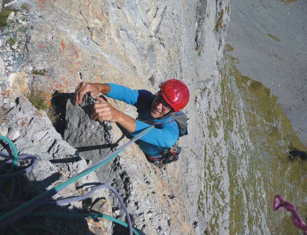 Gross Sattelistock, 2637 m Zwischen die Dacher 2011-10-01