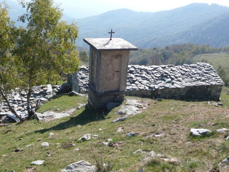 Bellono (Alpe) da Valperga per il Santuario di Belmonte 2011-10-02