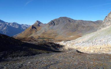 Le bianche rocce del Col Fenetre.