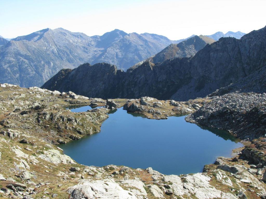 Lago (Corno del) dal Vallone di San Grato per il Col Dondeuil 2011-10-05