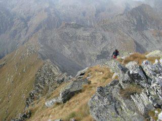La cresta di salita, vista dalla vetta