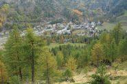 una bella visuale su Lillaz dal bosco (15-10-2011)