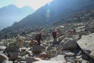 attraversando la grande pietraia...02 (15-10-2011)