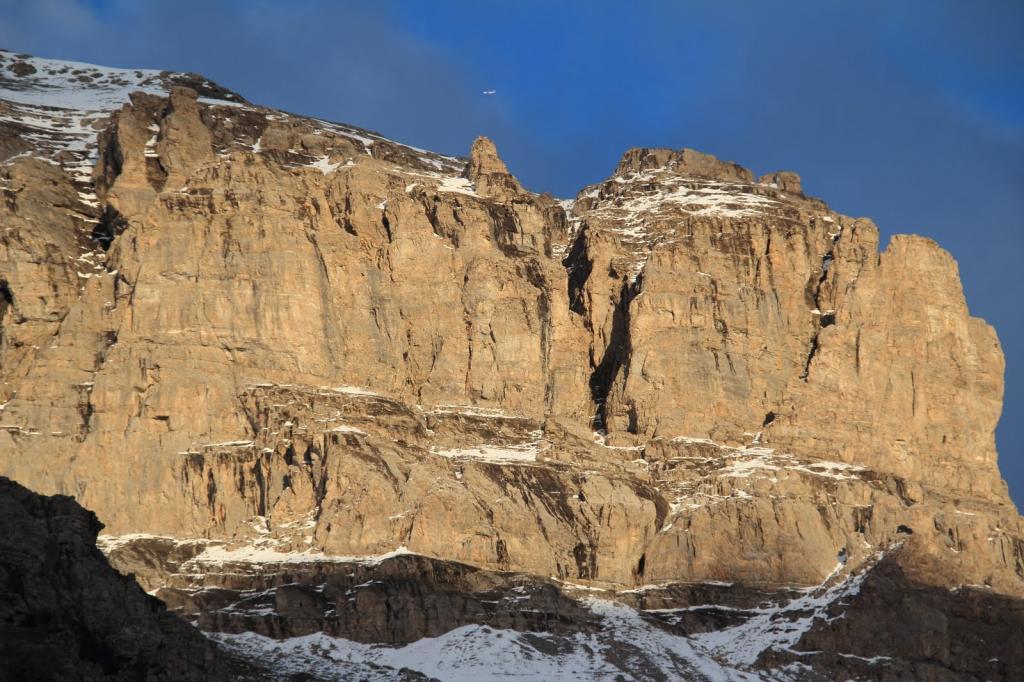 contrafforti rocciosi della Punta Quattro Sorelle (29-10-2011)