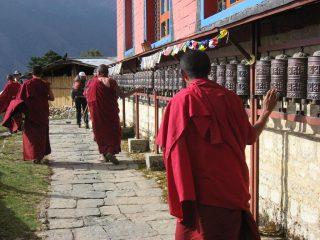 i monaci buddisti