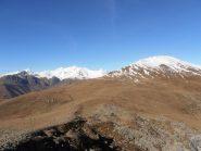 08 - dalla cima delle Scalancie - Lunella e Sbaron, il pianoro è il Colle degli Astesiani