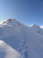 09 - Quì mi sono fermato, troppo ripido e carico di neve il pendio sottostante, non mi son fidato di seguire la traccia