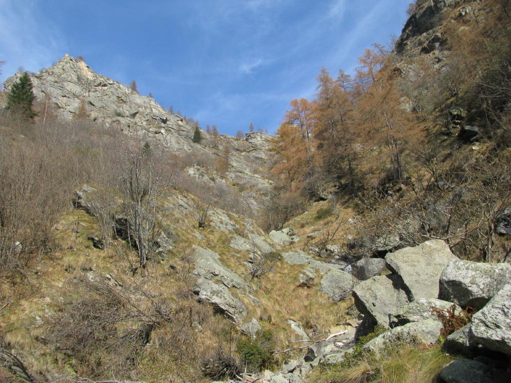 Canale di discesa visto dalla parte medio bassa