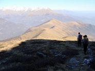 scendendo dal soglio vista della cresta verso la punta Mares