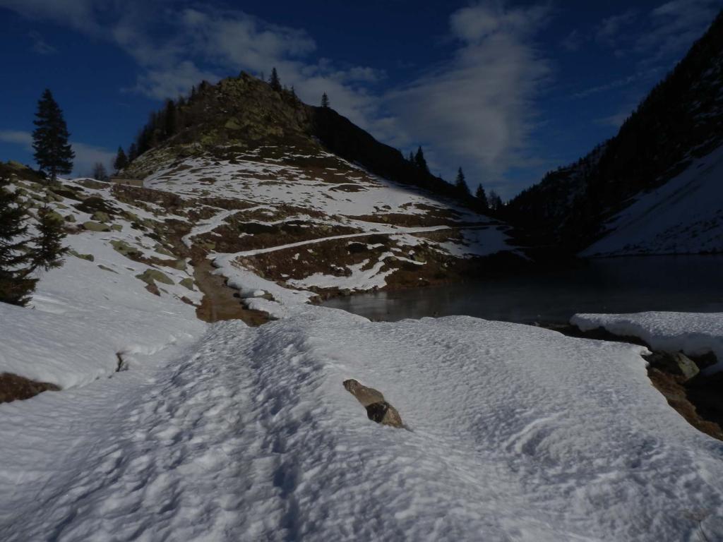 Lago di San Bernolfo, inizio neve senza interruzioni