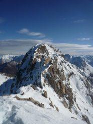 in cima al Colletto Ovest, vista sul Monte Freid