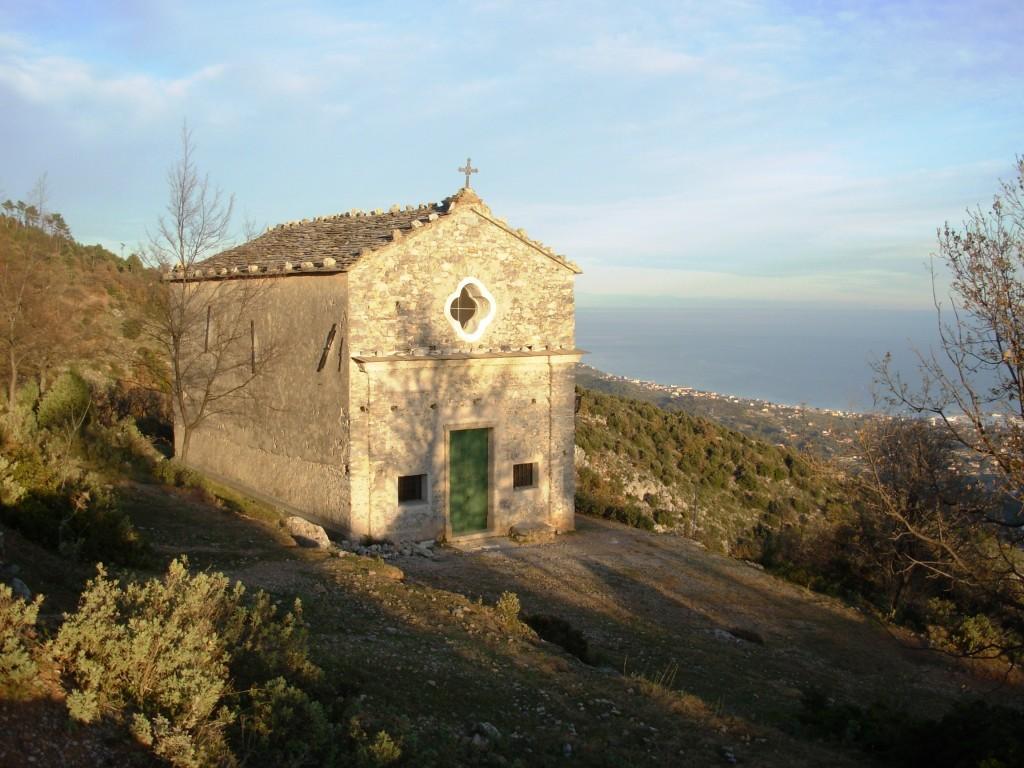 San Pietro dei Monti (Abbazia di) da Toirano 2011-12-26