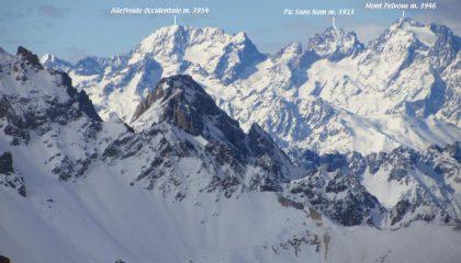 panorami osservati dalla cima...07 (7-1-2012)