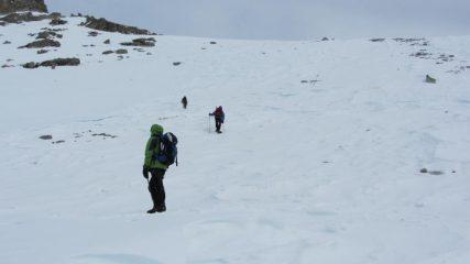 risalendo il pendio-canale del versante Sud della Cialancion...03 (7-1-2012)